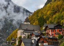 Cidade velha de Hallstatt, Áustria imagens de stock
