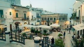 A cidade velha de Ostuni, Itália fotografia de stock