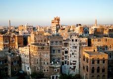 Cidade velha de Sanaa em yemen fotos de stock