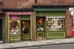 Cidade velha EDIMBURGO de Edimburgo - 29 de agosto: Victoria Street, Edimburgo (Escócia): A rua famosa é ficada situada no Grassma Imagem de Stock Royalty Free