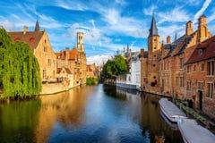 A cidade velha histórica de Bruges, Bélgica, um local da herança da cultura do mundo do UNESCO imagem de stock