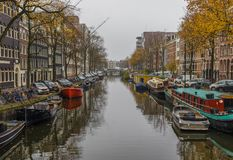A cidade velha maravilhosa de Amsterdão, Netherland foto de stock royalty free