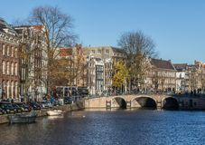 A cidade velha maravilhosa de Amsterdão, Netherland fotografia de stock