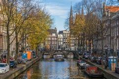 A cidade velha maravilhosa de Amsterdão, Netherland fotos de stock