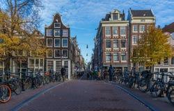 A cidade velha maravilhosa de Amsterdão, Netherland fotos de stock royalty free