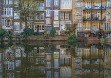 A cidade velha maravilhosa de Amsterdão, Países Baixos fotos de stock