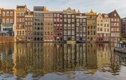 A cidade velha maravilhosa de Amsterdão, Países Baixos imagem de stock royalty free