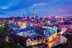 Cidade velha medieval de Tallinn, Estônia Foto de Stock