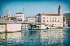 Cidade velha Trogir, Croácia, filtro análogo fotos de stock royalty free