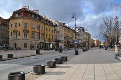 Cidade velha Varsóvia de Krakowskie Przedmiescie Fotografia de Stock Royalty Free