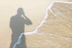 Cień fotograf na plaży Zdjęcie Royalty Free
