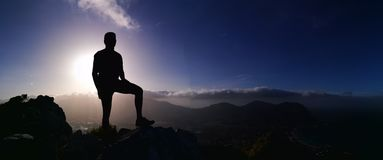 Cień na wierzchołku góra Zdjęcia Royalty Free