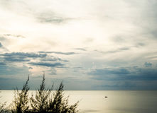 Cień evening chmurnego niebo Fotografia Stock