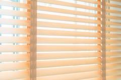 Ciechi e finestra fotografie stock libere da diritti