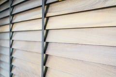 Ciechi e finestra di legno fotografia stock libera da diritti