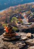 Ciekawa budowa skały na Maryland wzrostach nad harfiarza prom, Zachodnia Virginia Fotografia Stock