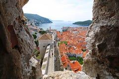 Ciekawy widok Stary grodzki Dubrovnik obraz royalty free