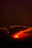 Ciel épique de Suset avec les nuages majestueux Image stock