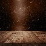 Ciel étoilé foncé avec l'étape en bois Photo libre de droits