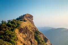 Ciel étonnant d'espace libre de vue sur la montagne supérieure Images stock