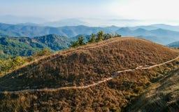 Ciel étonnant d'espace libre de vue sur la montagne supérieure Images libres de droits