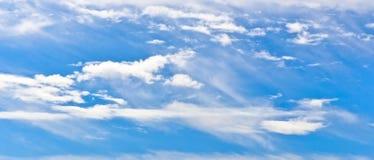 Ciel avec des cirrus Photos libres de droits