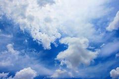 Ciel bleu Photos libres de droits