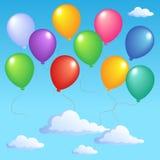 Ciel bleu avec les ballons gonflables 1 Photographie stock libre de droits