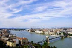 Ciel bleu de Budapest Photographie stock