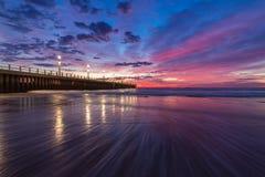 Ciel bleu de pilier de coucher du soleil de lever de soleil de paysage urbain de Durban Image libre de droits