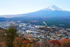 Ciel bleu du soleil d'automne de montagne de Fuji Image libre de droits