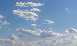 Ciel bleu et ciel de nuages, fond de ciel bleu photographie stock