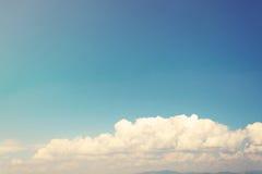 Ciel bleu et nuages Image libre de droits