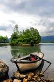 Ciel caché par lac de barrage d'Ayvacik dans Samsun, Turquie photo libre de droits