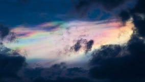 Ciel coloré et lever de soleil Horizontal normal images stock