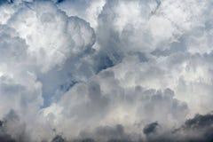 Ciel complètement des nuages Images libres de droits