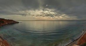 Ciel déprimé au-dessus de la mer Méditerranée Photo stock