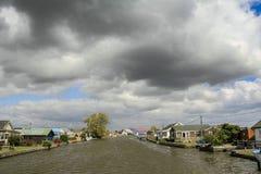 Ciel déprimé au-dessus de la Norfolk Photographie stock
