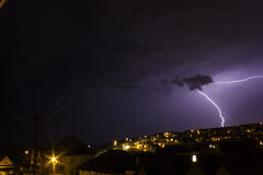 Ciel déprimé avec la foudre Saltdean, Brighton Photographie stock libre de droits