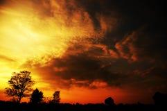 Ciel d'inquiétude au coucher du soleil Images libres de droits