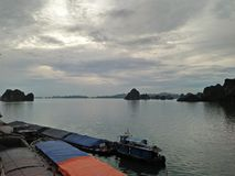 Ciel de colline de mer du Vietnam Photo stock