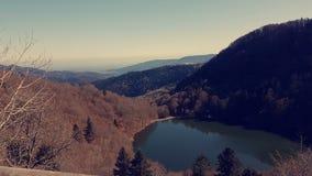 Ciel de paysage de montagne de lac beau Photographie stock