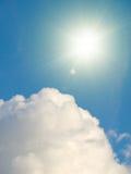 Ciel ensoleillé Photos libres de droits