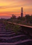 Ciel et chemin de fer d'automne Photo stock