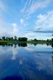 Ciel et eau Images stock