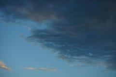 Ciel et nuage de coucher du soleil Photo libre de droits