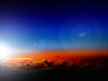 Ciel et nuages dans le lever de soleil