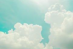 Ciel et nuages, rétros Image stock