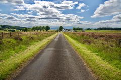 Ciel et nuages sur les collines Images libres de droits