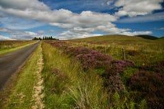 Ciel et nuages sur les collines Photo libre de droits
